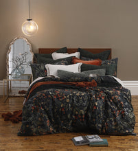 Load image into Gallery viewer, Hedley Duvet Set