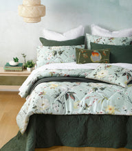 Load image into Gallery viewer, Marlie Comforter Set