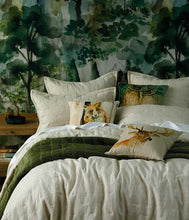Load image into Gallery viewer, Pesto Meeka Comforter Set