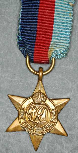 Miniature. WW2. 1939-45 star.