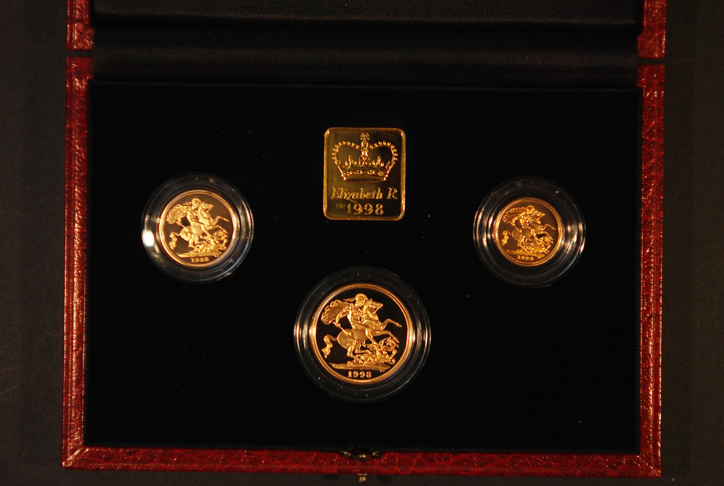 1998 Proof gold 3 sovereign set. £2 down