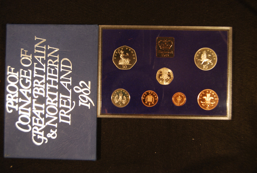 Elizabeth II. GB Proof set. 1982,