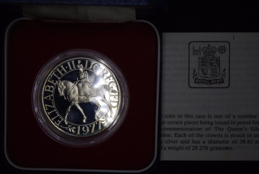 Elizabeth II. Silver proof crown. 1977.