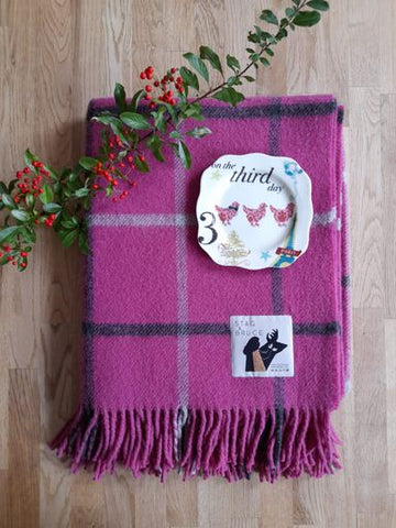 On The Third Day Of Christmas ~ Inveraray Blanket