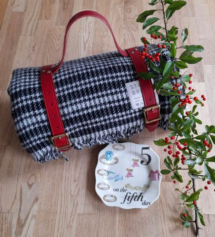 On The Fifth Day Of Christmas ~ Shepherd's Plaid Blanket & Picnic Strap