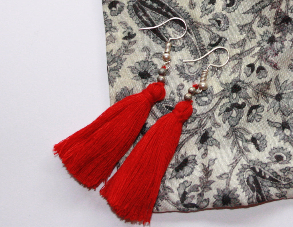 Hand-Made Tassel Earrings Pepper Red