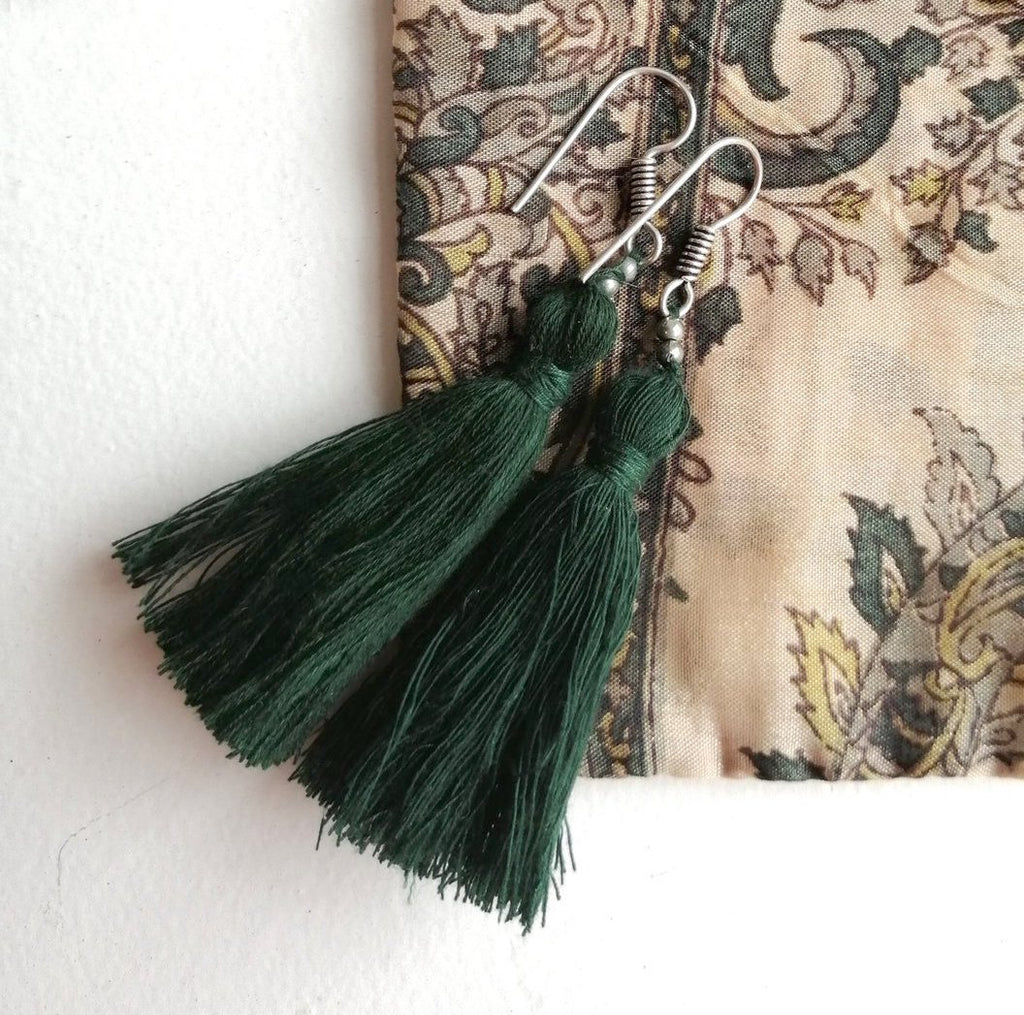 Hand-Made tassel earrings Kale Green
