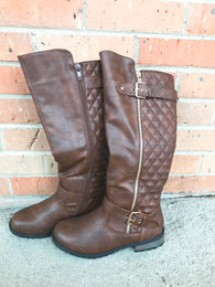 Everleigh Quilted Riding Boots - Oh, Darlin'