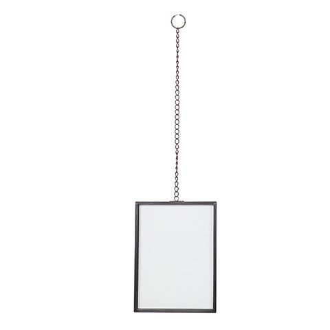 Photo frame metal with chain
