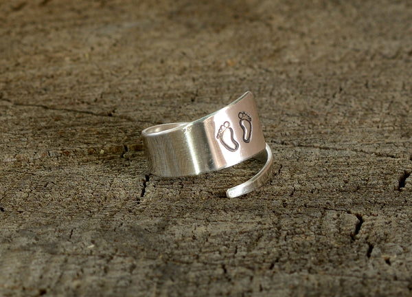 Baby Feet for Mom on Sterling Silver Wrap Ring, NiciArt