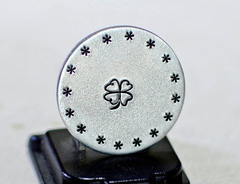 Lucky golf marker in aluminum with four leaf clover