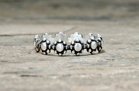 Delicate Linked Flower Sterling Silver Ring