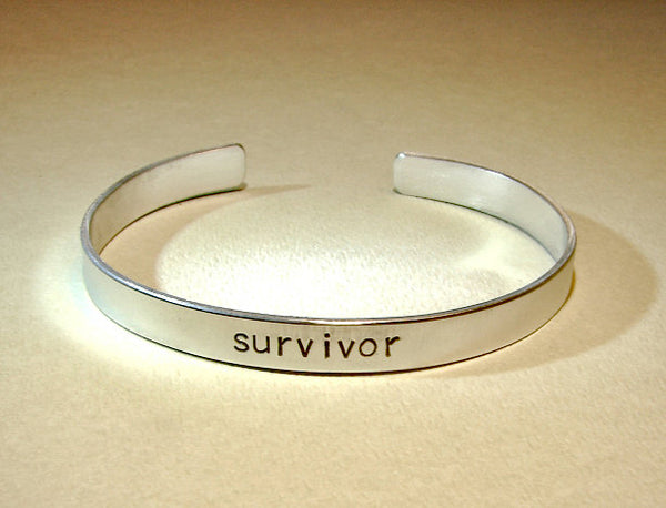 Cancer survivor bracelet handmade in aluminum, NiciArt