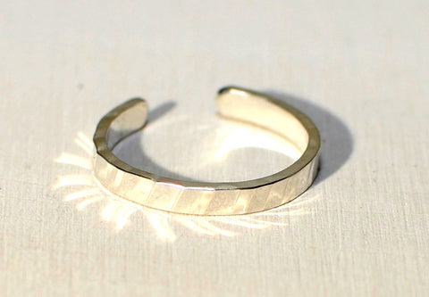 Sterling silver toe ring with rippled hammered design, NiciArt