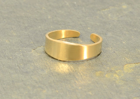 14k Solid Yellow Gold Toe Ring Handcrafted with Artisan Tapered Design, NiciArt