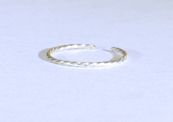Dainty Sterling Silver Twisted Wire Toe Ring