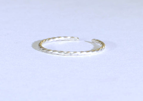 Dainty Sterling Silver Twisted Wire Toe Ring, NiciArt