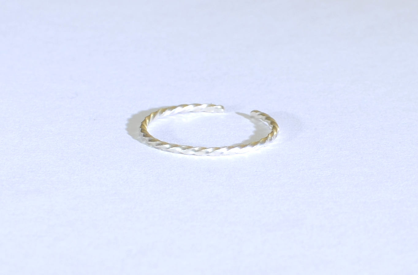Dainty Sterling Silver Twisted Wire Toe Ring - NiciArt