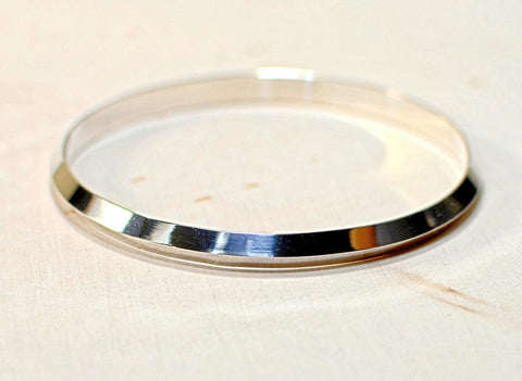 Sterling silver triangular formed bangle