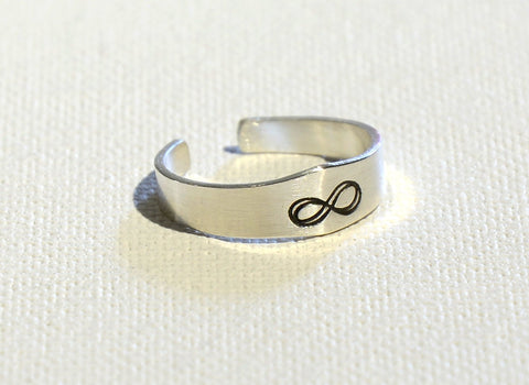 Infinity Sterling Silver Tapered Toe Ring, NiciArt