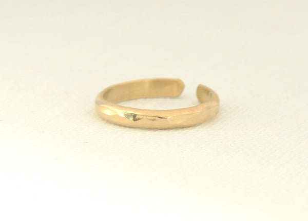 Gold filled dainty hammered toe ring