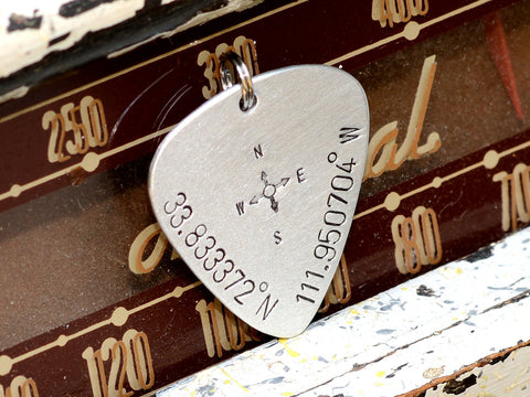 Keychain Guitar Pick with Personalized Latitude Longitude Coordinates, NiciArt