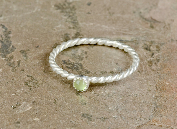 Dainty Gemstone Sterling Silver Twisted Wire Ring with Green Peridot