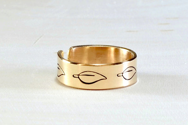 Bronze toe ring with hand stamped leaf design, NiciArt