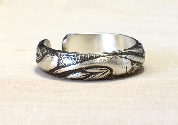Sterling Silver Toe Ring Handmade with Swirling Leaves and Antiqued Patina