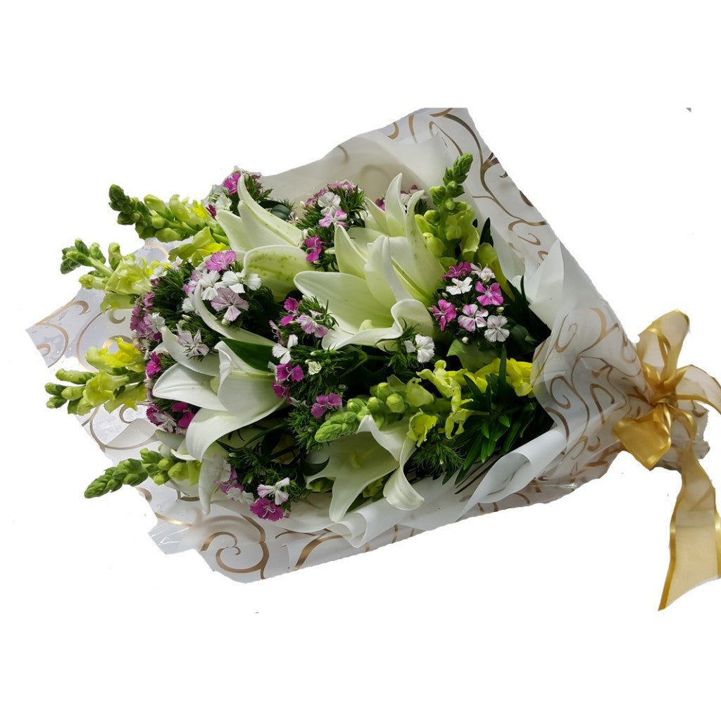 HB039 – White Lily with Yellow Matthiola