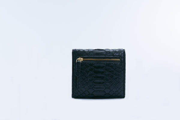 SMALL FLAP WALLET - BLACK