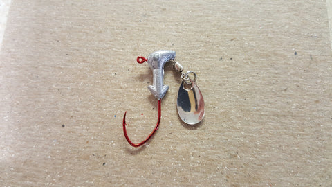 1/16 Red Sickle Hook Pony Head Spinner