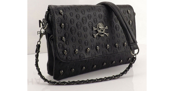 493fcd93e09b8f This envelope-shaped vintage fashion handbag is exquisitely decorated with  a bone and skull design for your not-so-ordinary Goth girl.