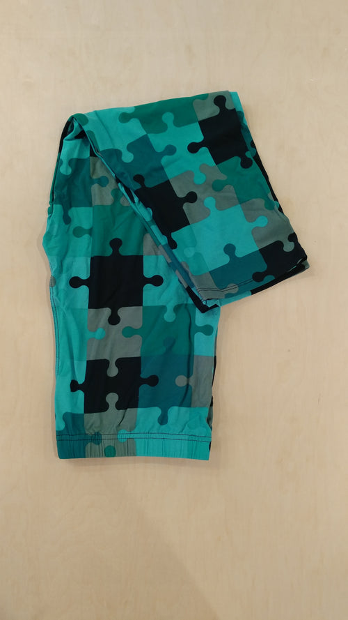Puzzle Piece Capri Leggings
