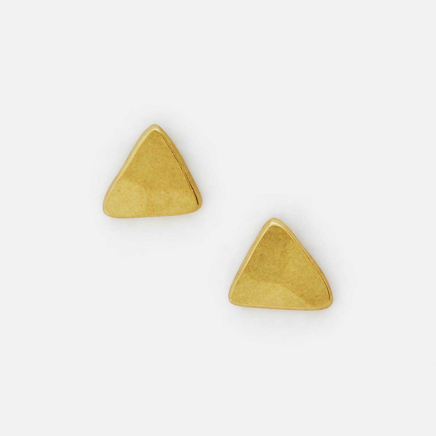 Triangle Studs 19k Gold