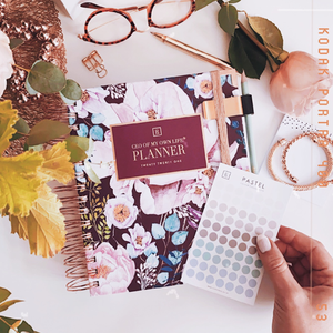 Load image into Gallery viewer, Dream. Plan. Do | 2021 Daily Planner Gift Set