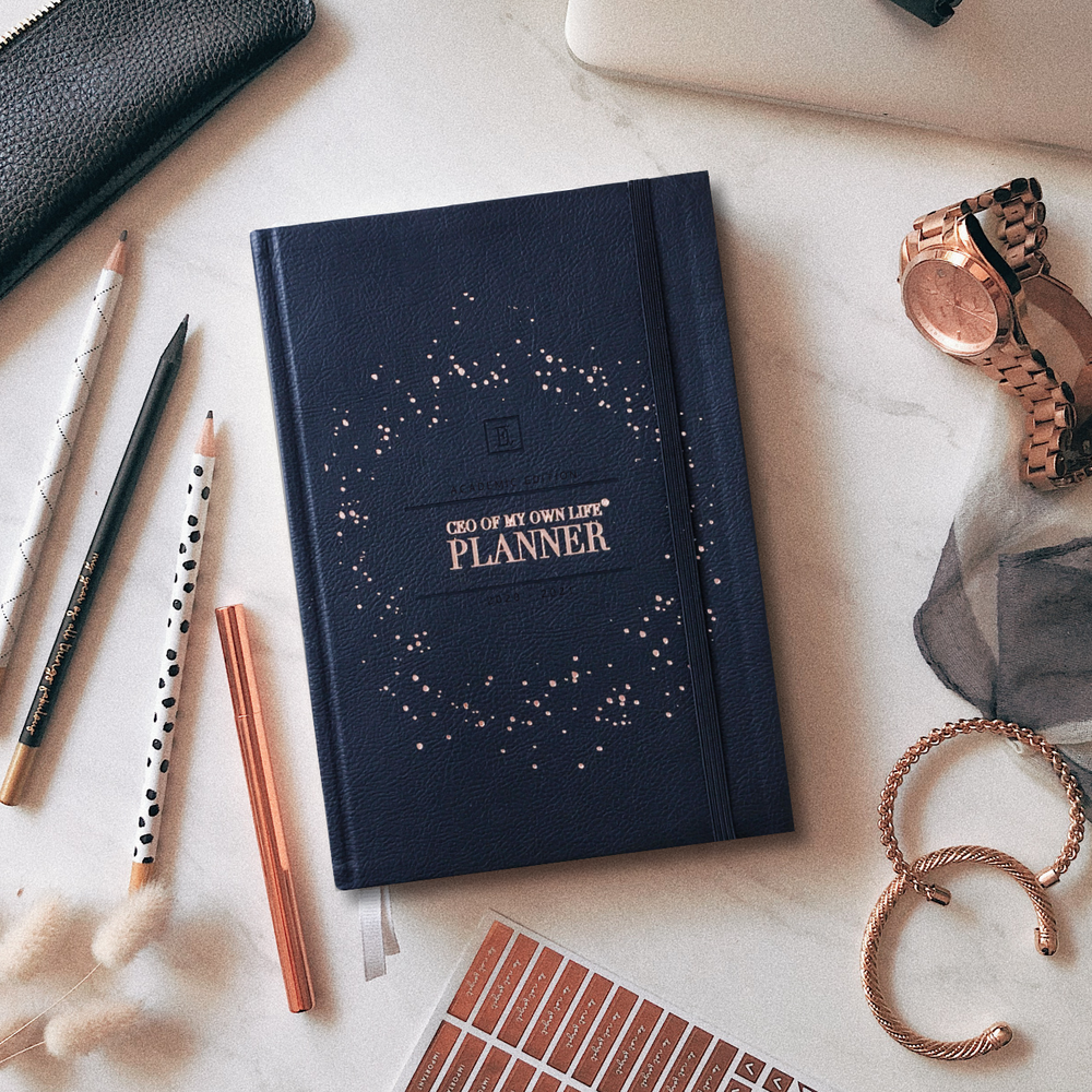 Load image into Gallery viewer, 2020/2021 Weekly CEO OF MY OWN LIFE® Planner | Classic Black