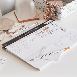 Load image into Gallery viewer, Ella Iconic A4 Undated Weekly Planner Desk Pad