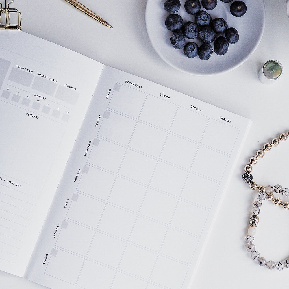 Food & Fitness Undated Weekly Planner | Ella Iconic