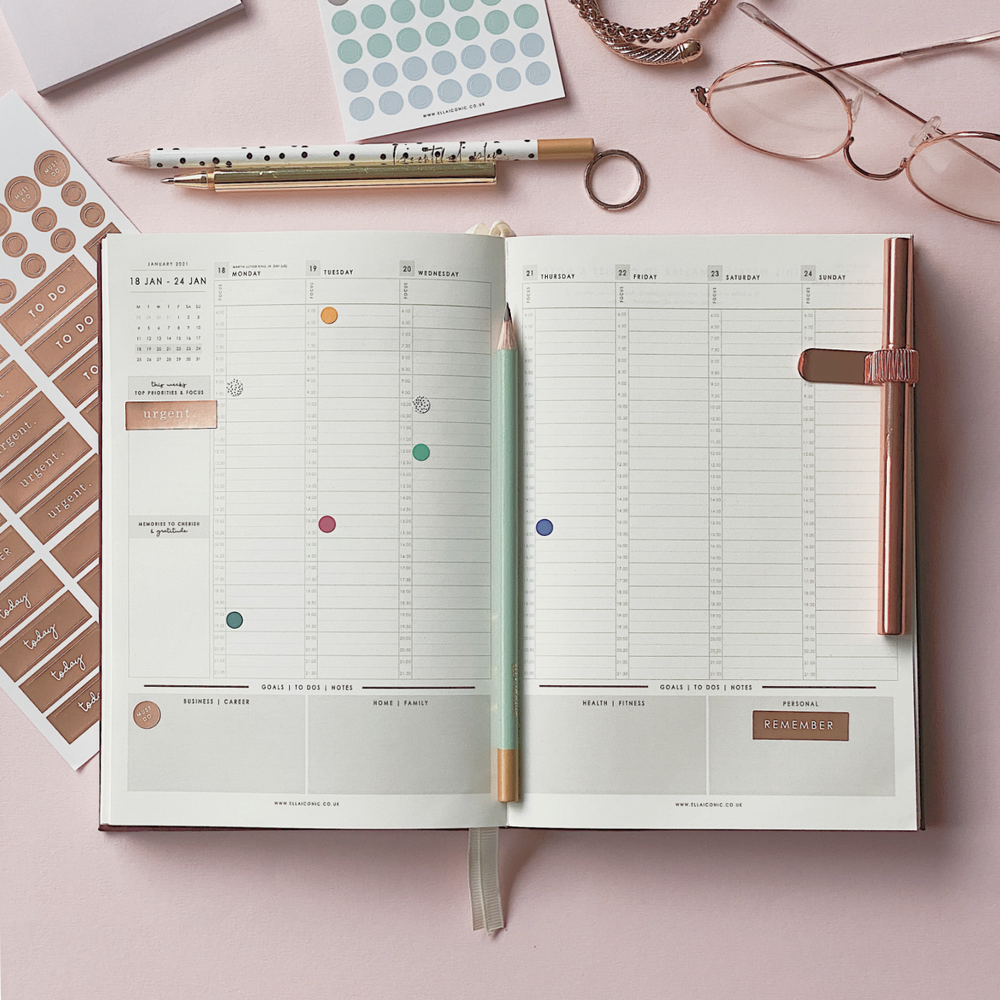 Ella Iconic CEO of My Own Life® 2021 Weekly Planner | Weekly Planning Spread Page