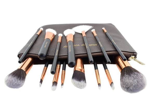 deluxe makeup brush set