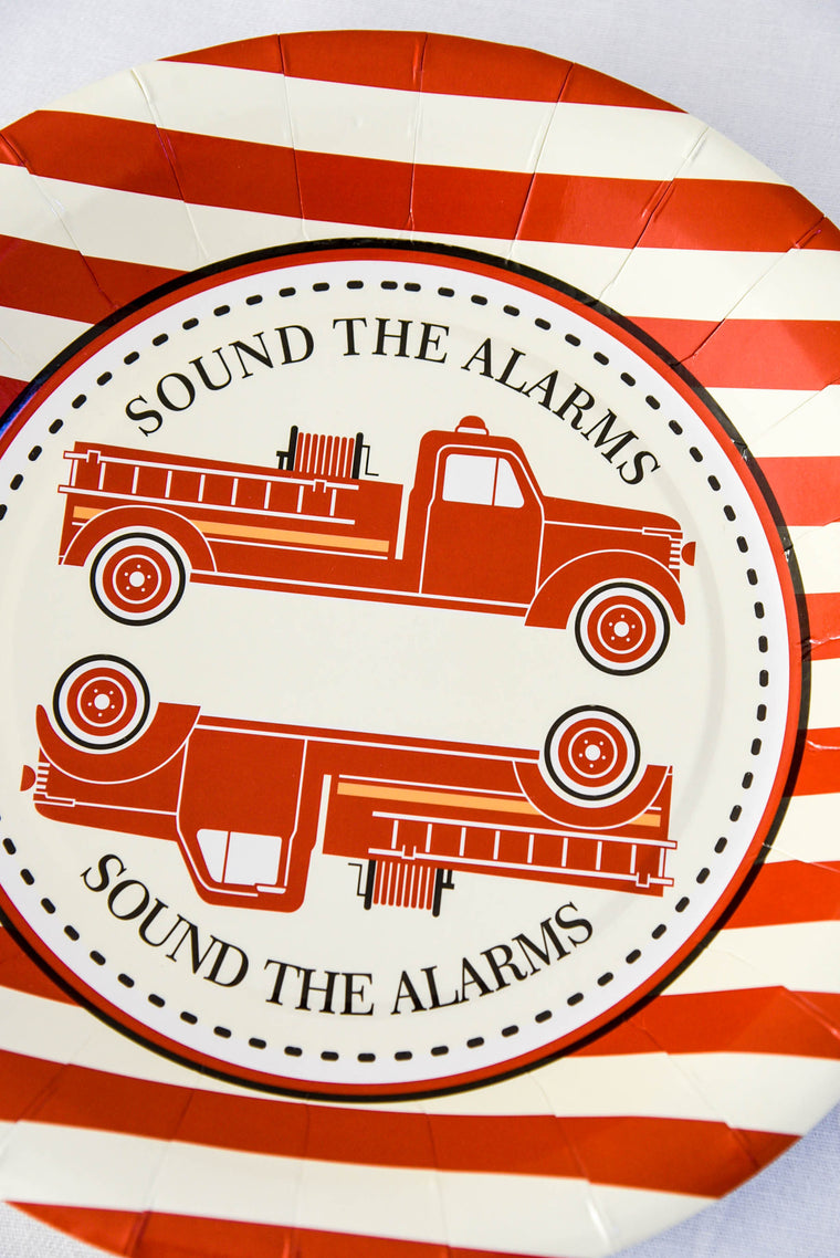 Vintage Fire Truck Paper Plates (Pack of 8)