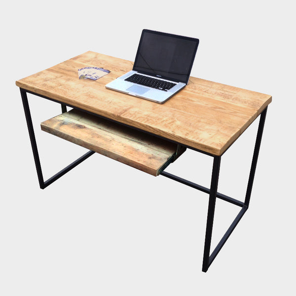 Standard Desk With Keyboard Tray