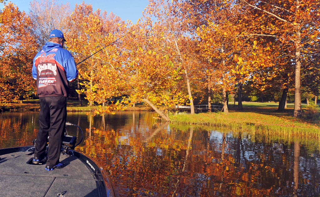 6 ESSENTIALS TO FALL BASS FISHING
