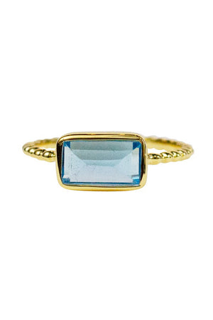 LULU Core Ring in Swiss Blue Topaz