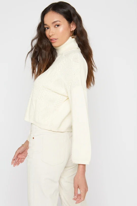 Charlotte Turtleneck Sweater in Creme