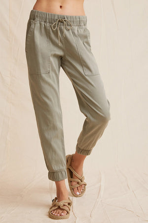 Pocket Jogger Pant in Soft Army