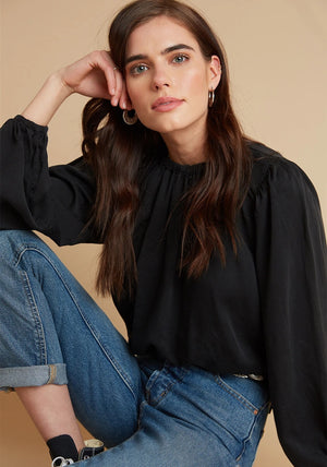 Elastic Shirred Top in Black