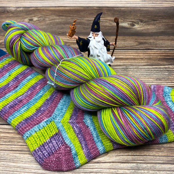 Merlin in Luf Talkyng (self-striping) - Round Table Yarns hand-dyed yarn tonal semi-solid self-striping