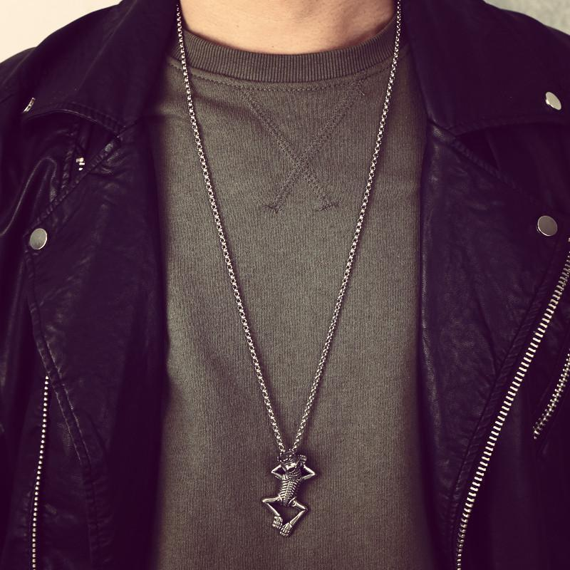 Cool Crowned Skeletons Necklace For Men - The Black Ravens